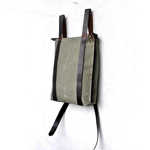Zipper daypack 302