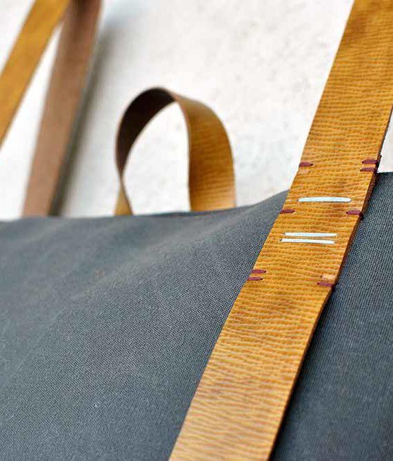zipper daypack 301 - inconnulab